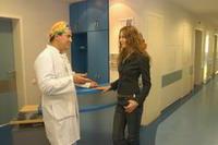 Если у вас возникнут какие-либо проблемы или вопросы, врач никогда не откажет вам в подробной консультации - сколько бы ни было на часах...